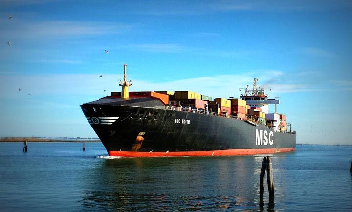 ship-659862_1280_1